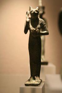 Statuette égyptienne de la déesse Bastet